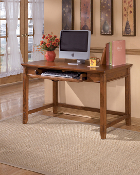 Cross Island Small Leg Desk